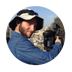 Zvi Landsman cameraman for Peacemakers: Crossing the Divide